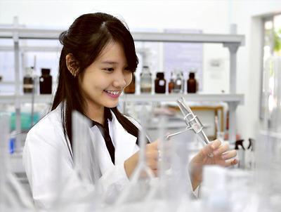 Gia sư dạy kèm Hóa lớp 8 tại huyện Thanh Trì