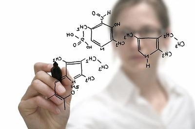 Học hóa dễ hơn với trung tâm gia sư hóa học