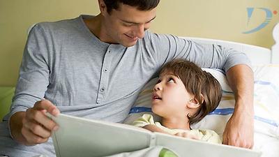 Hình thành thói quen kể chuyện cho con trước khi đi ngủ