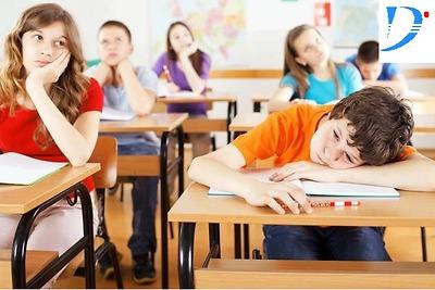 Phải làm gì khi con không chịu làm bài tập về nhà?