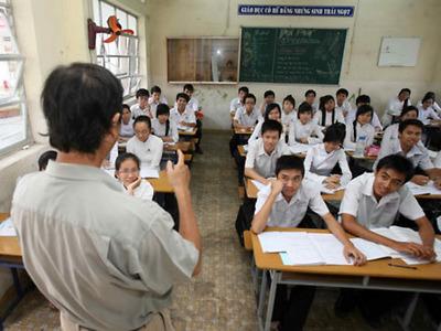 Tuyển giáo viên